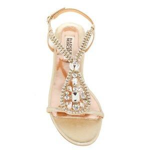 Badgley Mischka McKinzey Embellished Sandal 9 NWOT